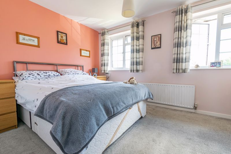 2 bed house for sale in Michaelwood Close 8