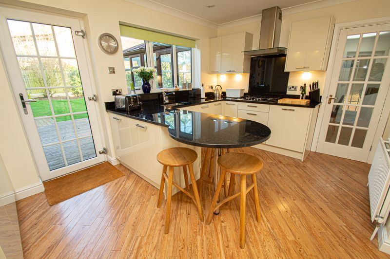 4 bed house for sale in Barley Croft  - Property Image 15
