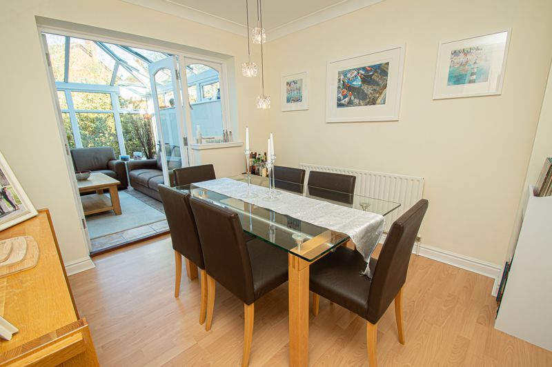 4 bed house for sale in Barley Croft  - Property Image 4