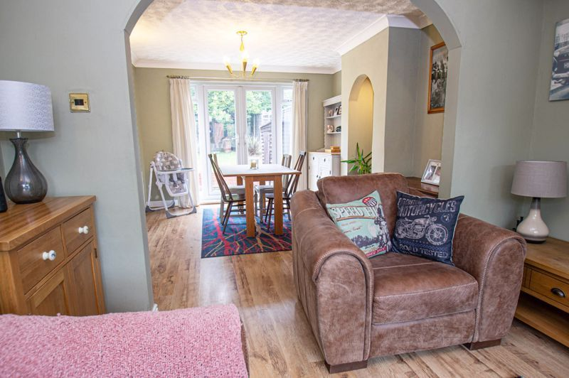 3 bed house for sale in Oakenshaw Road  - Property Image 4