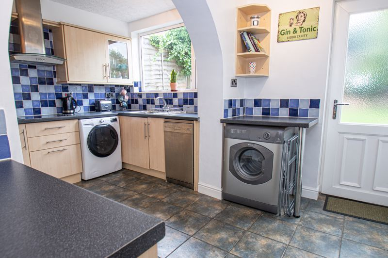 3 bed house for sale in Oakenshaw Road 7