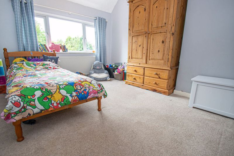 3 bed house for sale in Oakenshaw Road 10