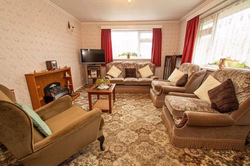 2 bed bungalow for sale in Little Acre 2