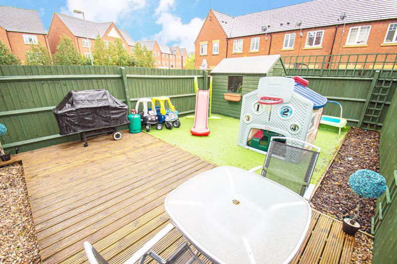 5 bed house for sale in Hedgerow Close 15
