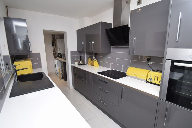 2 bed house for sale in Birmingham Road 2