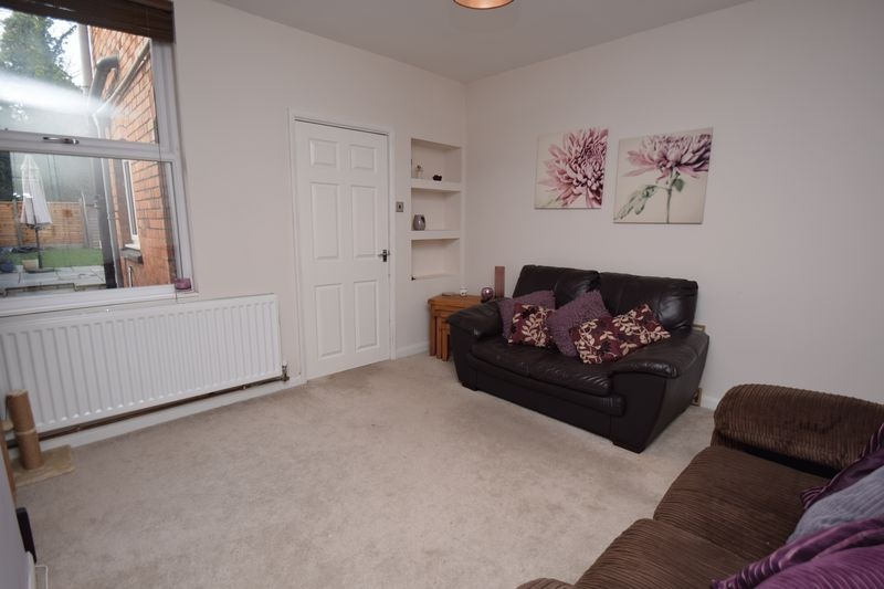 2 bed house for sale in Birmingham Road 7