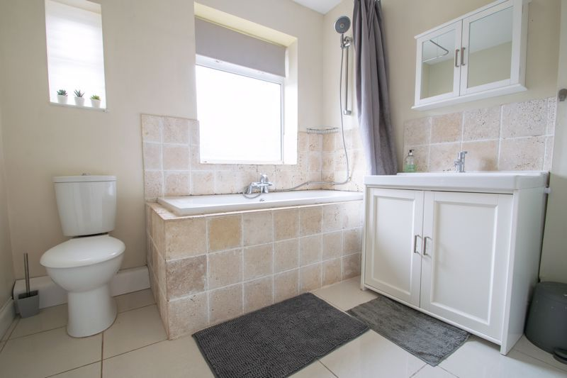 3 bed house for sale in Shenstone Avenue  - Property Image 11