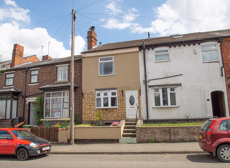 2 bed house for sale in High Street 1