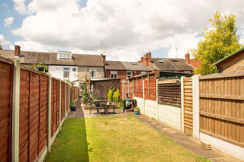 2 bed house for sale in High Street 13