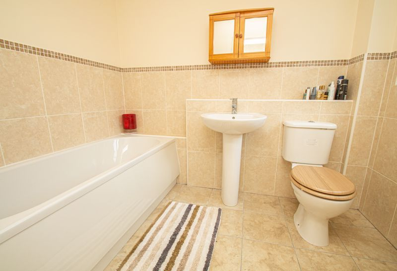 2 bed house for sale in High Street 14