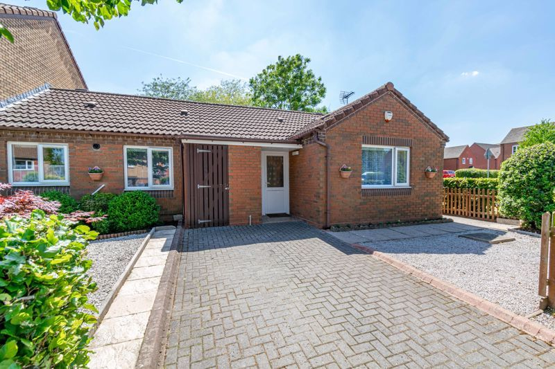 3 bed bungalow for sale in Beech Tree Close - Property Image 1