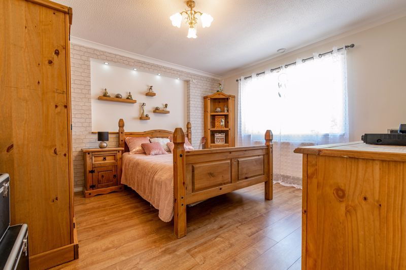 3 bed bungalow for sale in Beech Tree Close  - Property Image 6