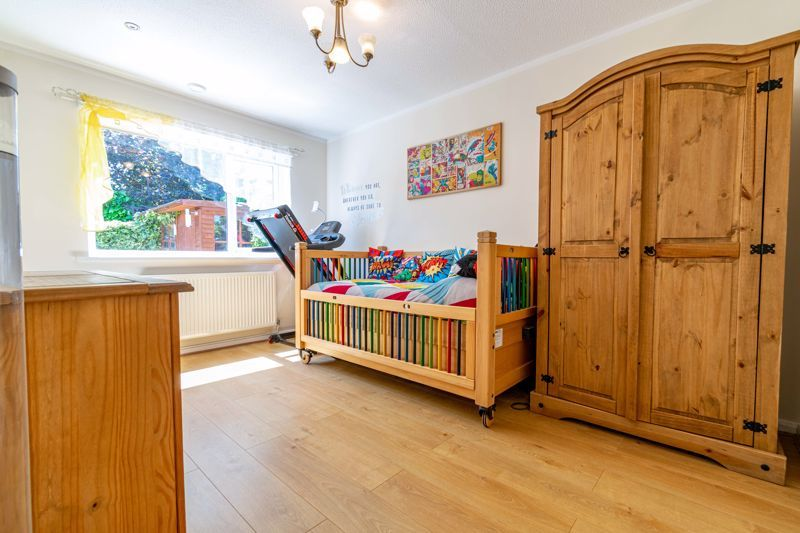 3 bed bungalow for sale in Beech Tree Close 8