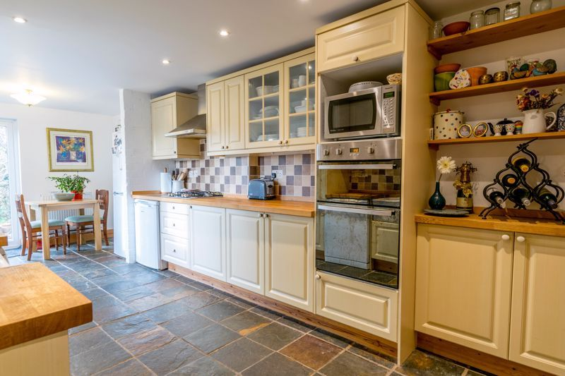 4 bed  for sale in Brueton Avenue  - Property Image 4