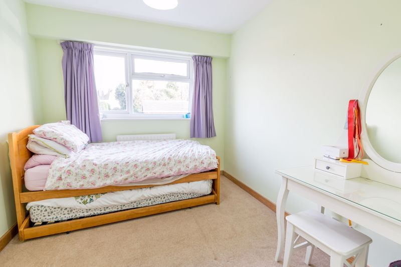 4 bed  for sale in Brueton Avenue 9