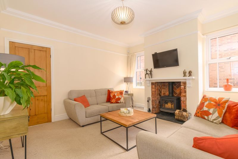 3 bed house for sale in West Road  - Property Image 2