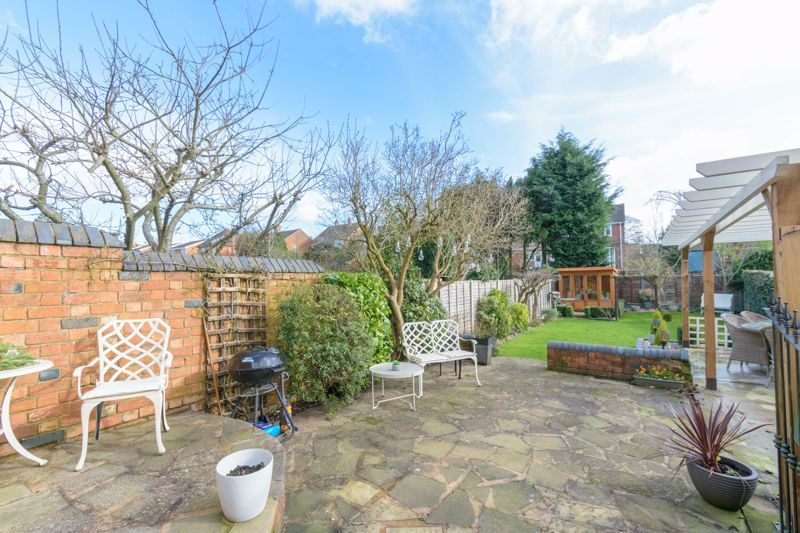 3 bed house for sale in West Road 12