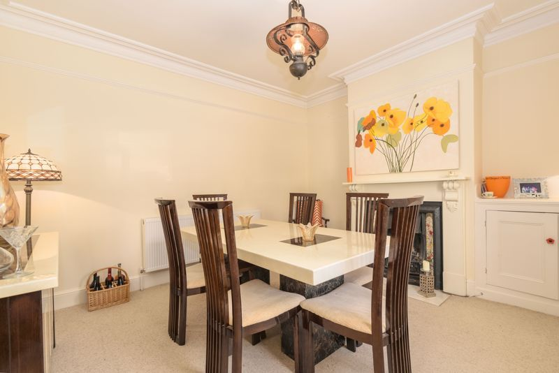 3 bed house for sale in West Road 6