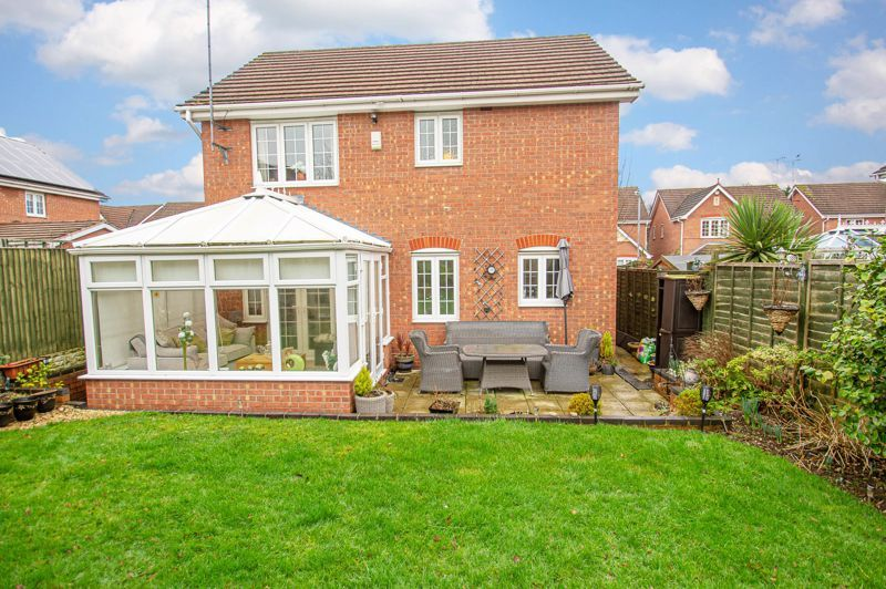 3 bed house for sale in Hoveton Close 12
