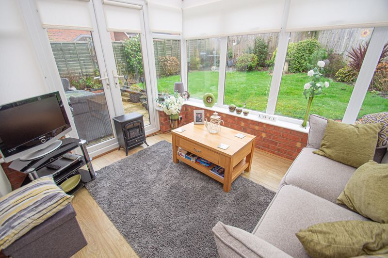 3 bed house for sale in Hoveton Close 4