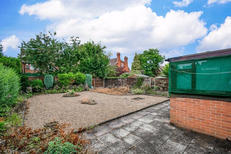 2 bed bungalow for sale in Alison Drive 14