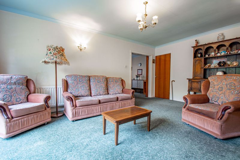 2 bed bungalow for sale in Alison Drive 3