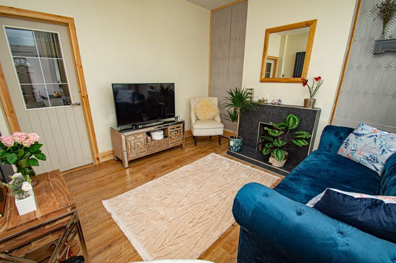 3 bed house for sale in New John Street 4