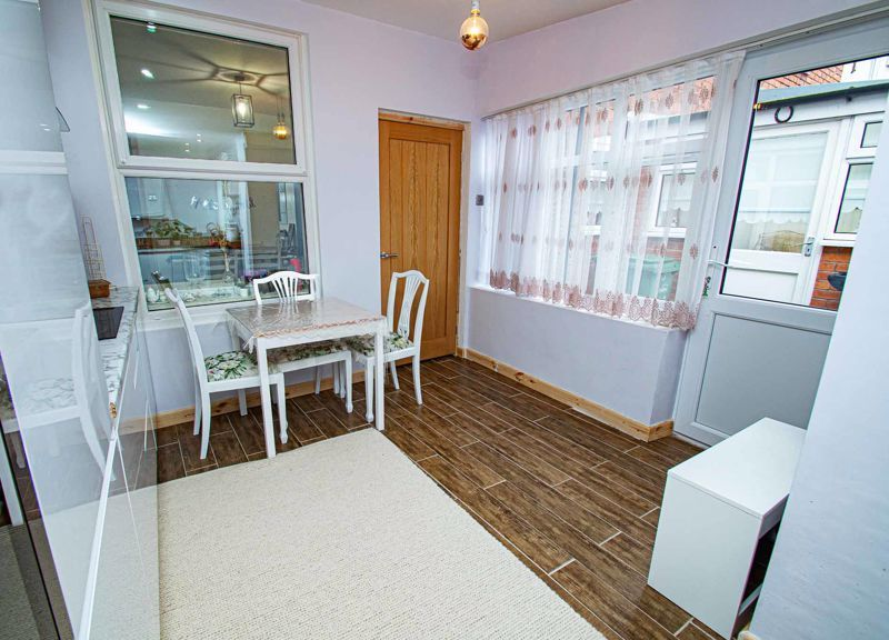 3 bed house for sale in New John Street 7
