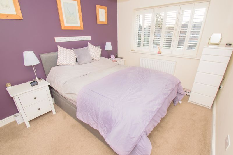 3 bed house for sale in The Flats 7
