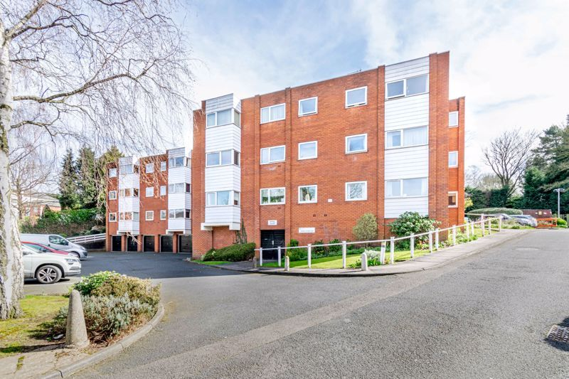 1 bed flat for sale in Worcester Street 1