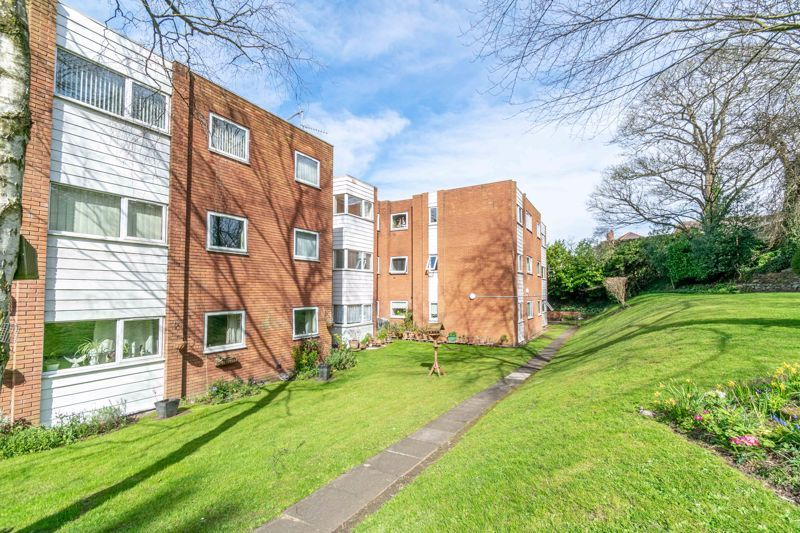 1 bed flat for sale in Worcester Street 11