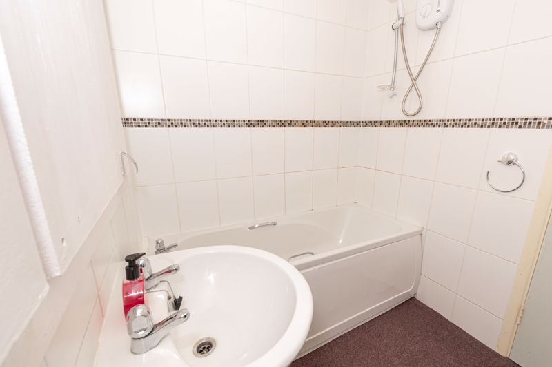 1 bed flat for sale in Worcester Street 9