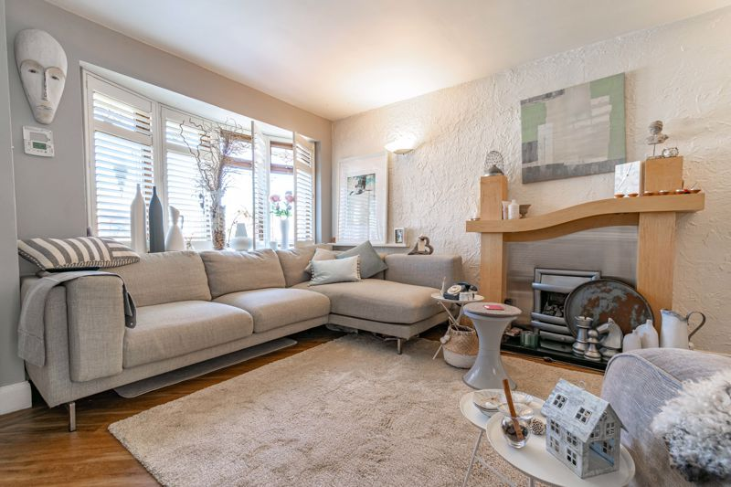 3 bed house for sale in Pippin Avenue 2