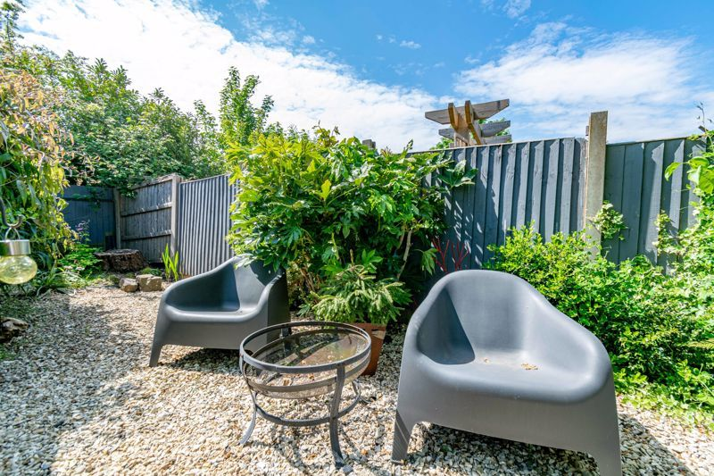 3 bed house for sale in Pippin Avenue 14
