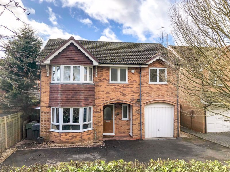 5 bed house for sale in McConnell Close 1