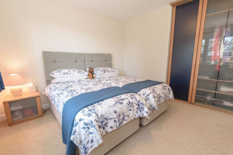 5 bed house for sale in Appletrees Crescent  - Property Image 17