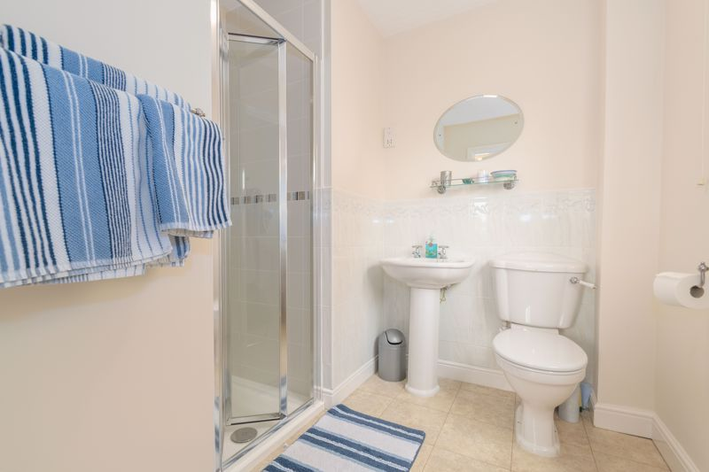 5 bed house for sale in Appletrees Crescent  - Property Image 10