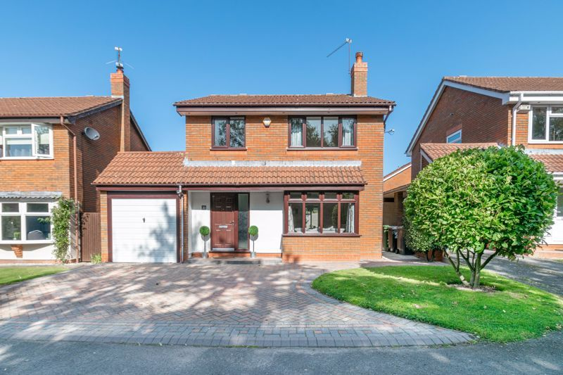 4 bed house for sale in Grazing Lane  - Property Image 1