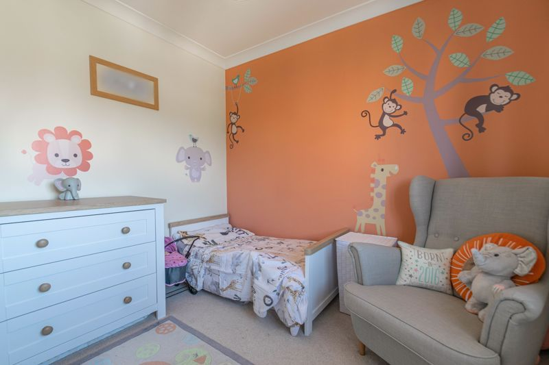 4 bed house for sale in Grazing Lane  - Property Image 11