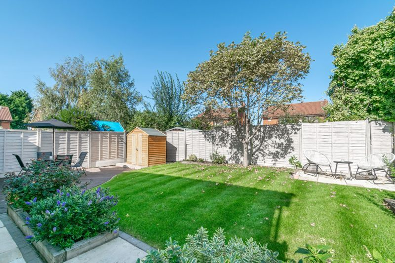 4 bed house for sale in Grazing Lane  - Property Image 12