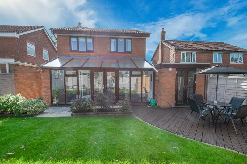 4 bed house for sale in Grazing Lane  - Property Image 13