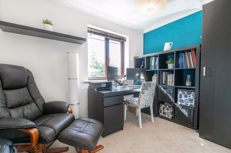 4 bed house for sale in Grazing Lane  - Property Image 15