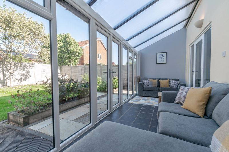 4 bed house for sale in Grazing Lane  - Property Image 6