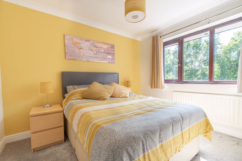 4 bed house for sale in Grazing Lane  - Property Image 10