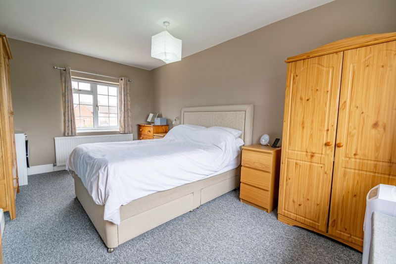 2 bed house for sale in Bishop Hall Crescent  - Property Image 8