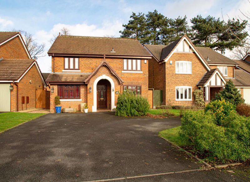 3 bed house for sale in Lea Park Rise 1