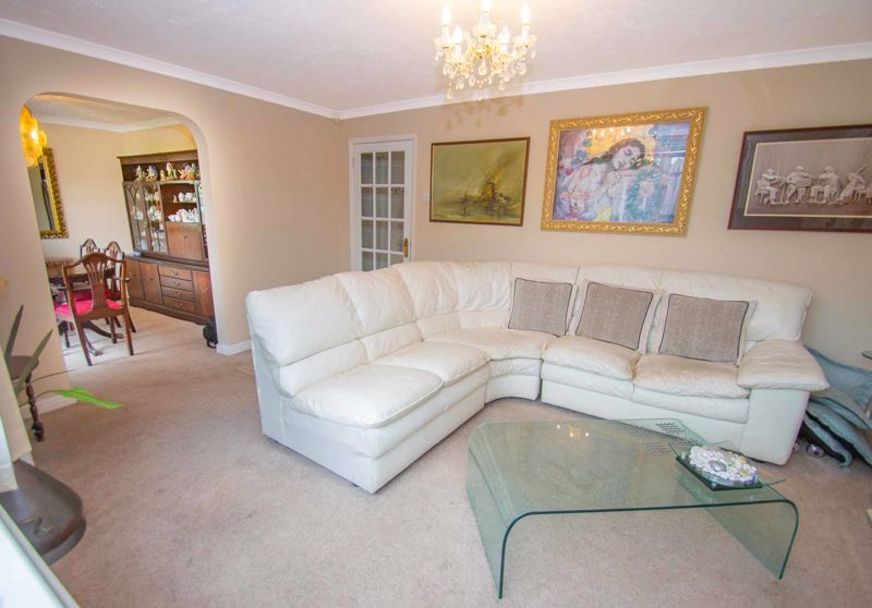 3 bed house for sale in Lea Park Rise 2