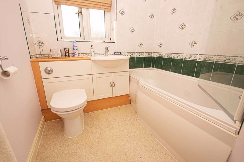 3 bed house for sale in Lea Park Rise 13