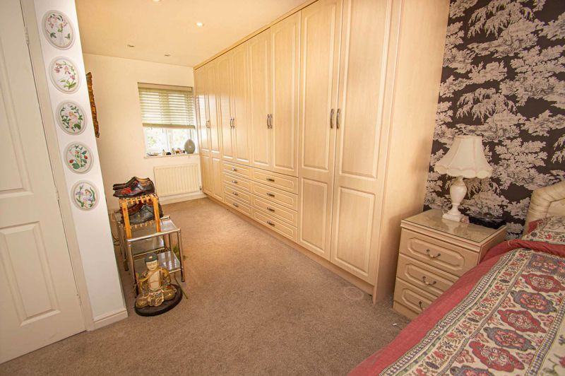 3 bed house for sale in Lea Park Rise 15