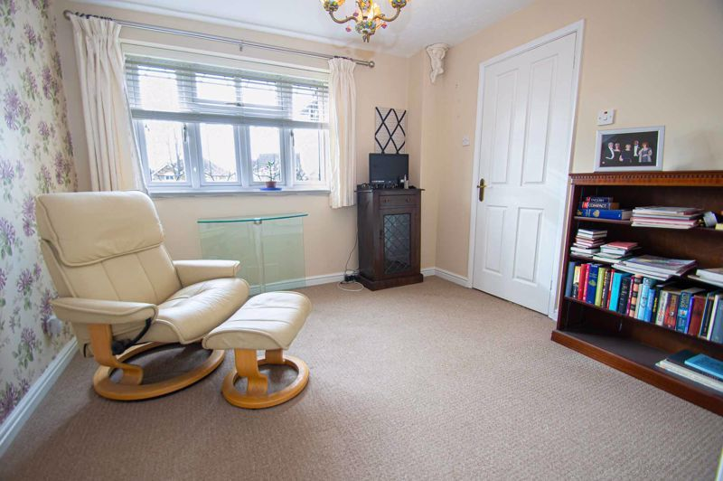 3 bed house for sale in Lea Park Rise 7